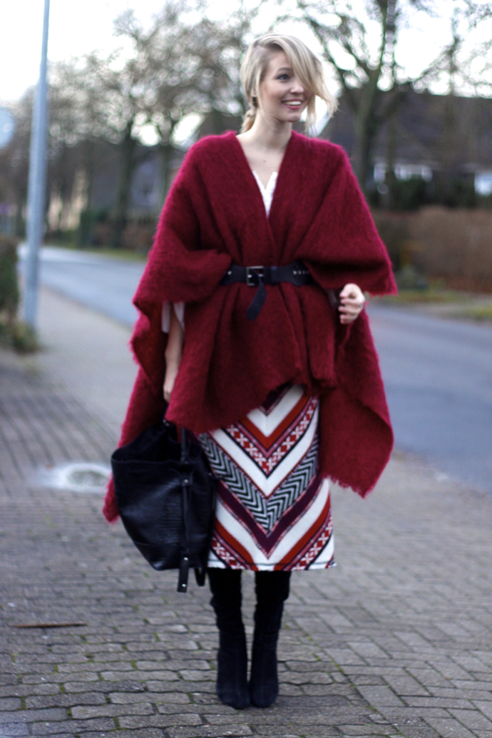 Belted_cape_printed_skirt_ohhcouture3