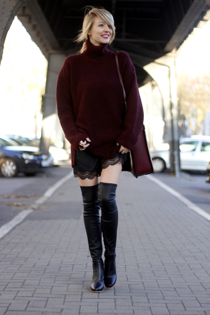 Bordeaux_overknees_lace_ohhcouture10