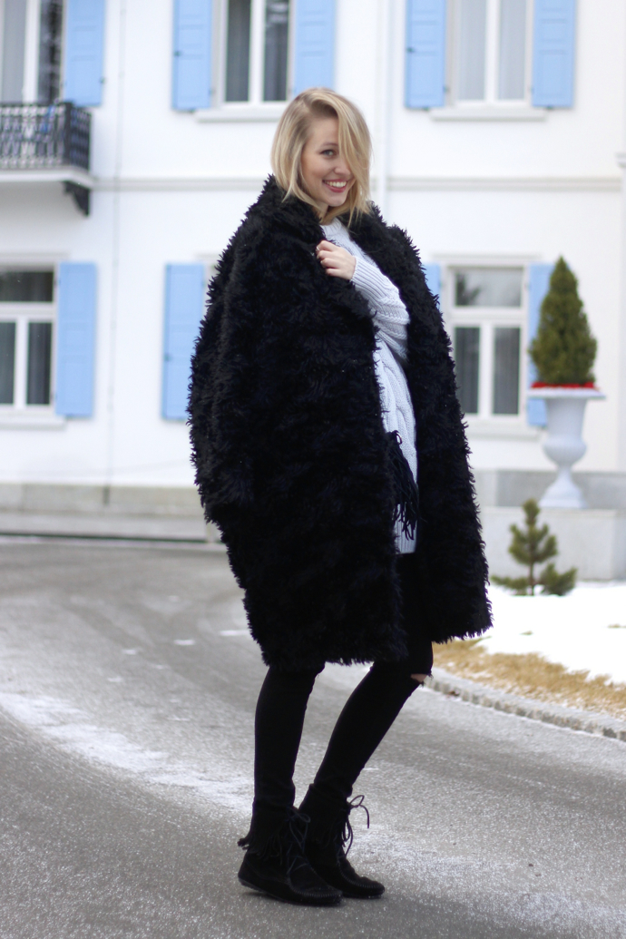 Chunky_knit_fake_fur_coat_ohhcouture01