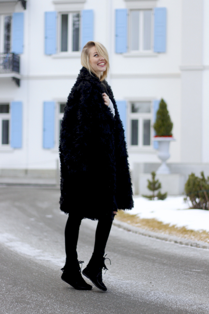 Chunky_knit_fake_fur_coat_ohhcouture02