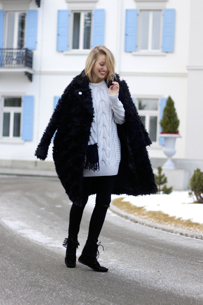 Chunky_knit_fake_fur_coat_ohhcouture03
