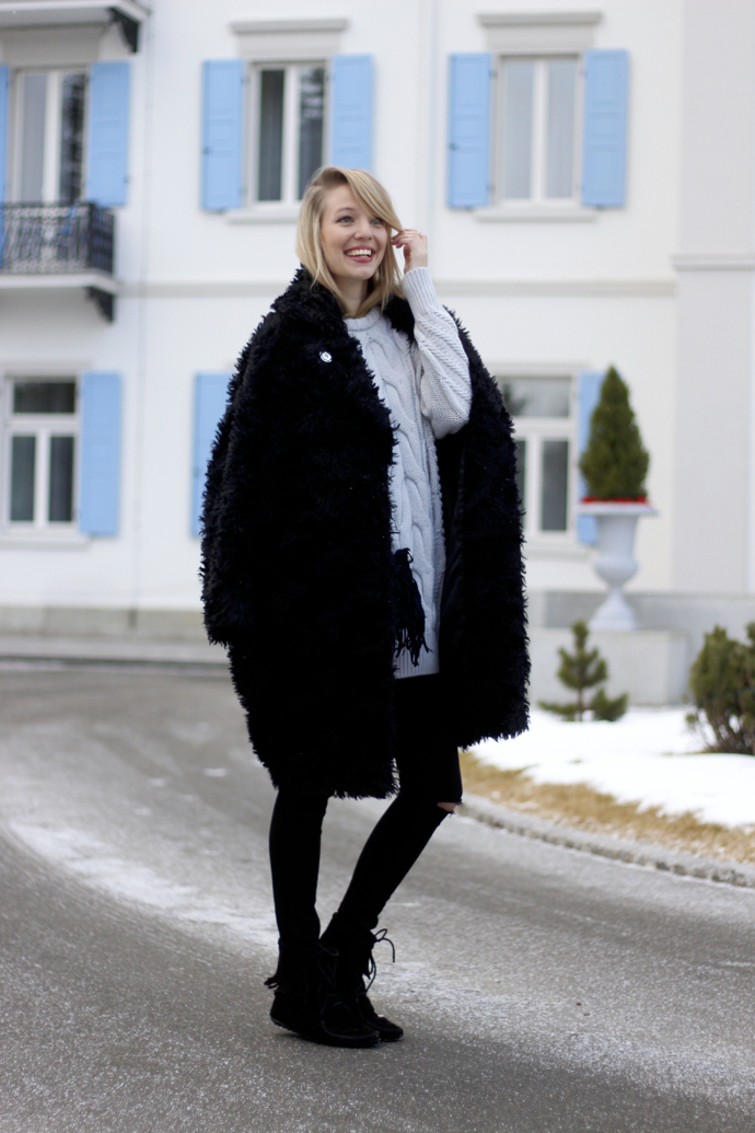 Chunky_knit_fake_fur_coat_ohhcouture09