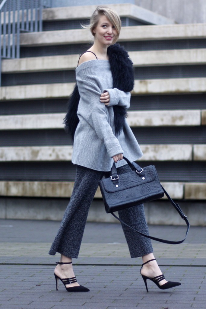 knitted_culottes_strappy_heels_fur_ohhcouture3