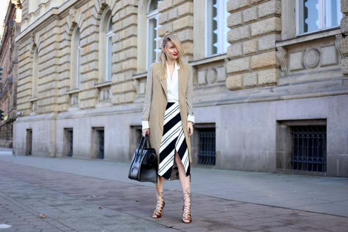 Striped_skirt_vest_ohhcouture07