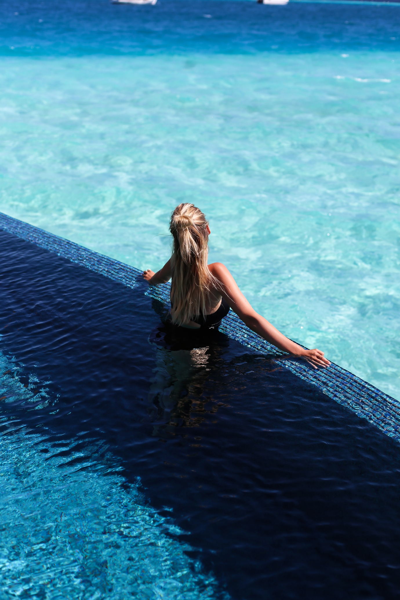 Maldives_MS_ohhcouture_pool8